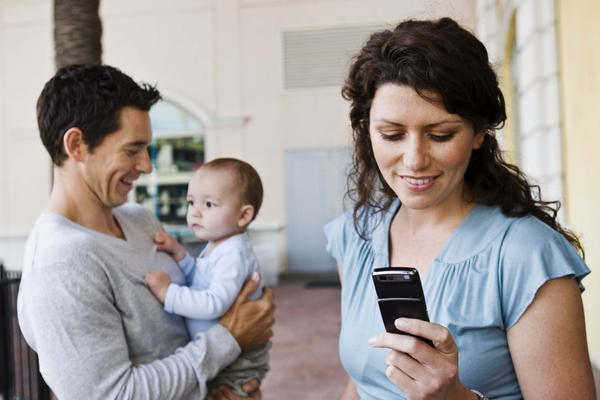 iLike IT: Folositi mai des mesajele video, in loc de SMS-uri! E joaca de copii, dar efectul poate fi  Wow!