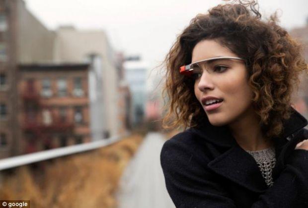 Google Glass, criticati dur in SUA. Multi vor interzicerea acestui gadget