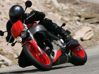 iLike IT: Casca cu bluetooth de 1.000 de euro, printre cele mai in voga gadgeturi ale motociclistilor