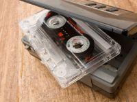 Gadgeturile copilariei. Casetofonul cu casti s-a transformat, azi, in iPod