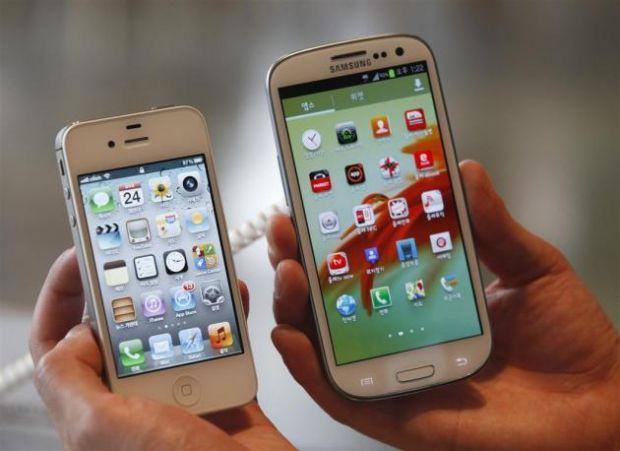 Samsung Galaxy S4, vanzari mai bune decat iPhone 5 in SUA