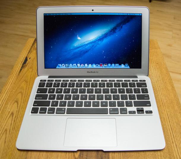 Mac Pro, un calculator-racheta. MacBook Air, baterie care te tine o zi