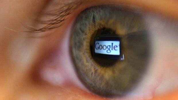 Google, Amazon si Facebook, acuzate ca spioneaza conturile clientilor si le citesc e-mailuri