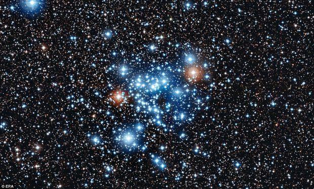Noptile si zilele stelelor: Oamenii de stiinta au descoperit ca mai multi Sori stralucesc cu o regularitate sistematica