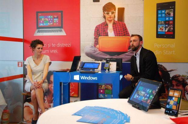 Poti testa Windows pe laptopuri, tablete si smartphone-uri in Orange Shop. Ce telefoane cumpara romanii