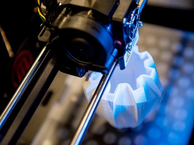 iLikeiT. Tehnologia viitorului, accesibila. O imprimanta 3D a ajuns sa coste putin peste 1000 dolari
