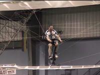 Elicopterul propulsat de efortul depus de un biciclist, premiat cu 250.000 de dolari