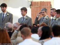 Larry Page testeaza  ochelarii destepti  la nunti, in timp ce hackerii cauta moduri de a-i  sparge