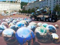 Imagini 3D de 8 miliarde de pixeli pictate pe strada GALERIE FOTO