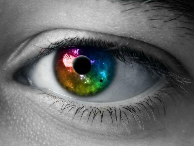 Celulele care vor ajuta la restabilirea vederii sunt crescute in laborator si transplantate pe soarecii orbi