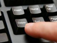 """Vrei sa-ti dai """"delete"""" de pe Internet? Uite ce trebuie sa faci!"""