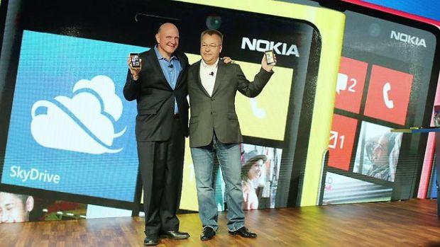 Microsoft cumpara divizia de telefoane a Nokia. Pretul: 5,4 miliarde de euro