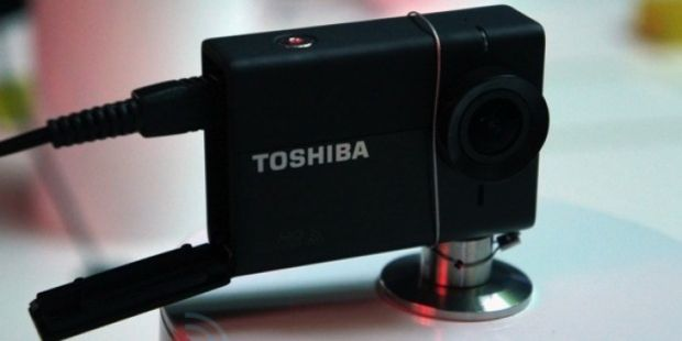 Toshiba Camileo X-Sports, un rival de 94 de grame al lui GoPro