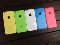 Prima reclama la iPhone 5C. Apple pune accentul pe carcasa din plastic VIDEO