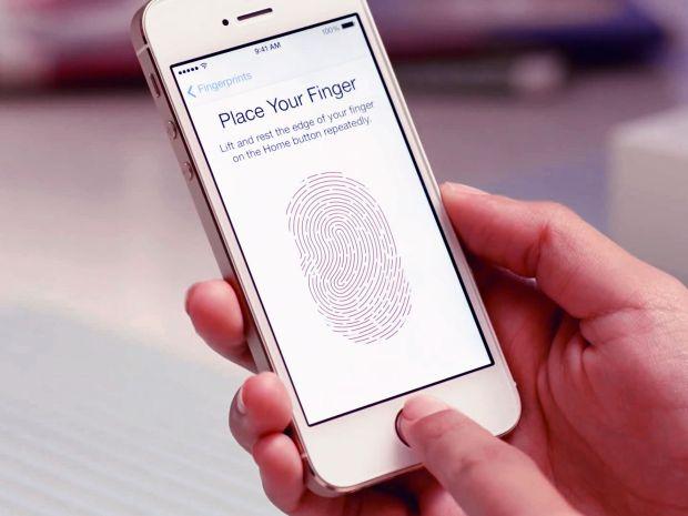 Un grup de hackeri din Germania sustine ca a spart scannerul de amprente de pe iPhone 5S