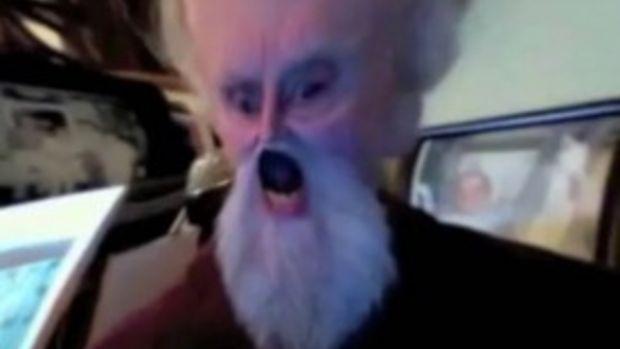 Nu i-ai vazut niciodata asa! Cum se distreaza pensionarii cu Photo Booth! VIDEO
