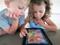 Le-a lasat iPad-ul copiilor de 6 ani. Nu i-a venit sa creada ce s-a intamplat. Autoritatile vor sa dea o lege