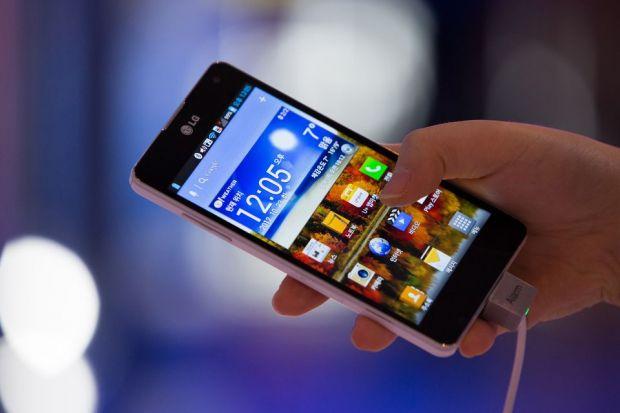 Succesul in productia de telefoane mobile sta in numarul de modele disponibile la vanzare