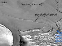 O cascada subterana de inaltimea Turnului Eiffel topeste gheata din Antarctica