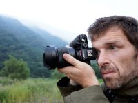 Sony α7R, cea mai mica si mai usoara camera full frame cu obiective interschimbabile. Are 36MP