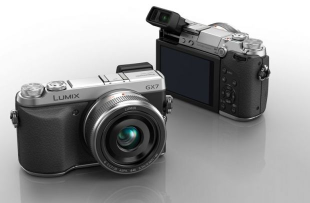 Panasonic LUMIX GX7, acum si in Romania. Focalizeaza rapid si are 16 MP