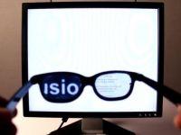 Cum iti poti face ecranul calculatorului  invizibil