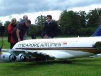 Airbus A380 are un frate mai mic ce poate fi controlat prin radio si chiar confundat cu un avion adevarat