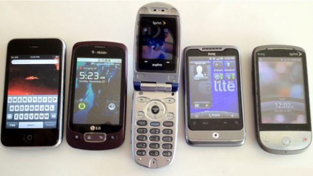 5 lucruri pe care le poti face cu un telefon vechi