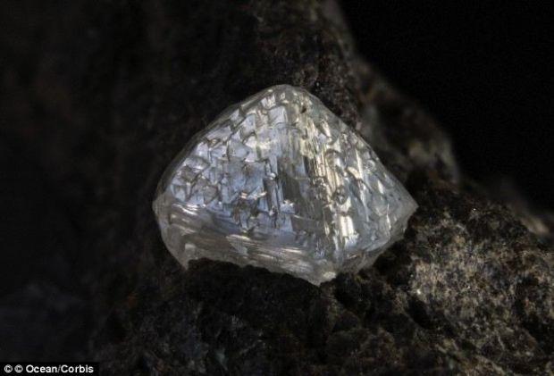 Antarctica ar putea avea o multime de diamante, dar nimeni nu le poate extrage