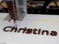 Este aceasta cea mai buna imprimata 3D? Da, pentru ca lucreaza cu ciocolata!