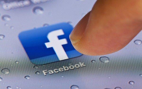 Taxa pe Facebook si pe YouTube. Utilizatorii site-urilor ar putea fi pusi sa plateasca