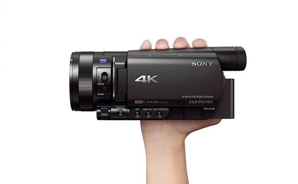 Sony a lansat cea mai mica si mai performanta camera video compacta 4K din lume! VIDEO