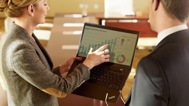 Lenovo X1 Carbon, cel mai subtire laptop de 14 din lume, a ajuns in Romania