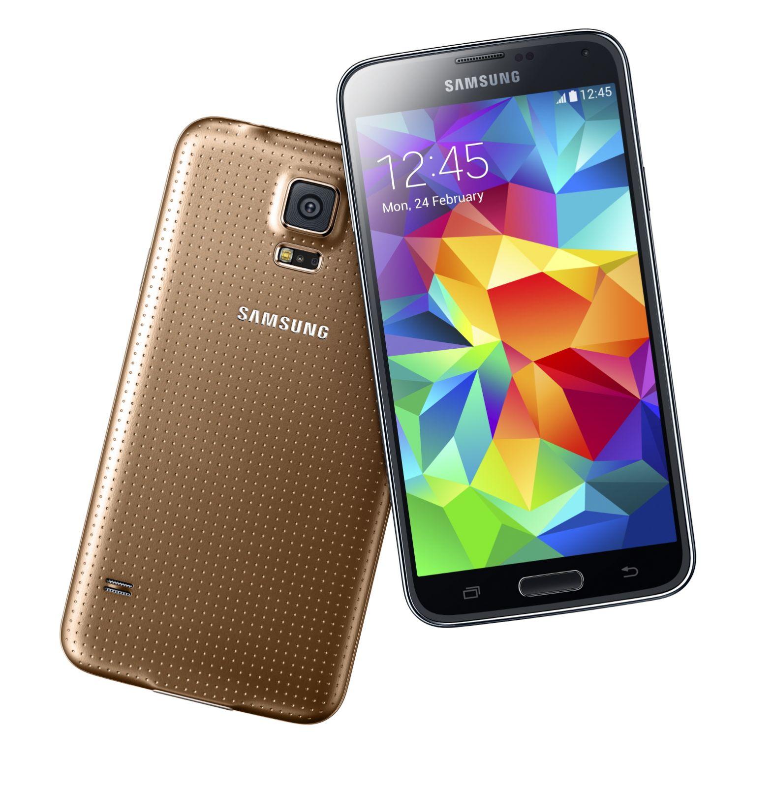 Camera foto frontala alui Galaxy S5 e peste cea de la iPhone 5S. Daca esti fan selfie-uri, te intereseaza aspectul acesta.