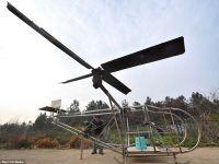 Un fermier a reusit sa  croiasca  un elicopter cu care chiar s-a ridicat de la sol