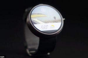 Google prezinta propriul smartwatch si anunta ca vor mai aparea si alte dispozitive din gama  Android Wear  VIDEO