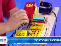 iLikeIT. Telefonul construit acasa. Viorel Spinu si-a prezentat dispozitivul construit cu piese din magazine