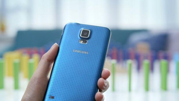 iLikeIT. Hands-on VIDEO review cu cel mai asteptat telefon Android al momentului: Samsung Galaxy S5