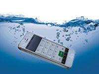 Ti-a cazut telefonul in apa? Cea mai buna metoda prin care il poti repara