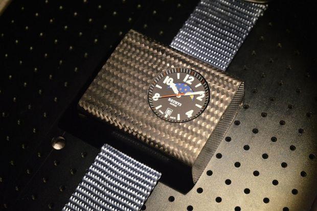 Primul ceas atomic de mana ar putea costa 6.000 de euro