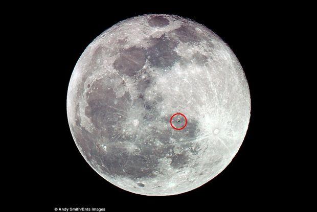 Luna, vedeta noptilor din aceasta perioada, ne-a mai aratat ceva