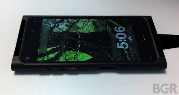 Asa arata telefonul 3D pregatit de Amazon. Imaginile vor pluti deasupra ecranului