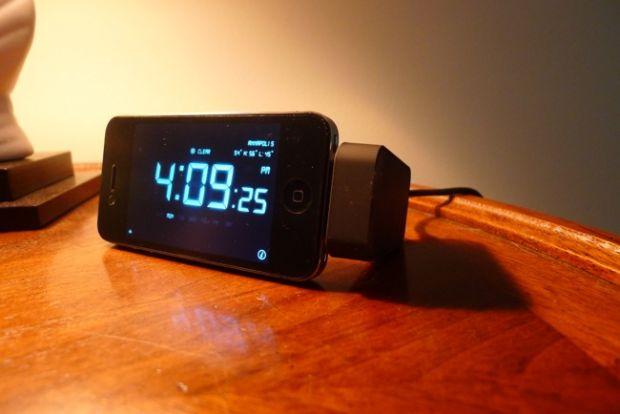 Experimentul care demonstreaza ca nu e bine sa dormi cu telefonul langa tine
