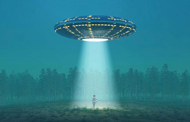 iLikeIT. Servicii ciudate, gasite pe net: consultant de alaptare, rapiri extraterestre sau ingrijire profesionala de morminte