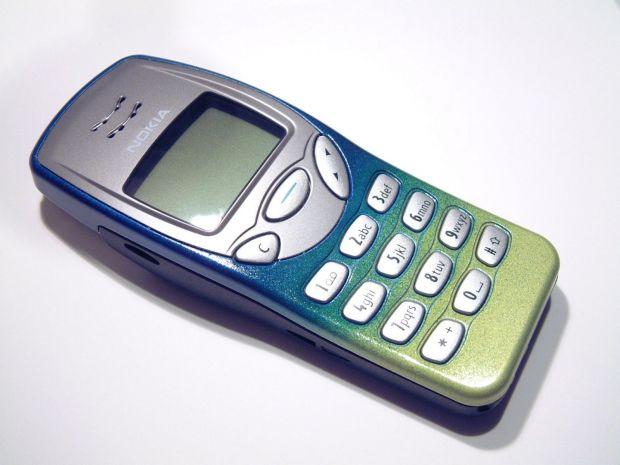 Nokia 3210 poate intra pe Facebook. Iata cum