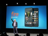 Amazon Fire Phone, lansat miercuri seara. Are ecran de 4,7 si perspectiva dinamica . Iata specificatiile