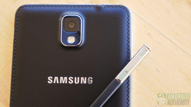 Samsung Galaxy Note 4. Specificatiile telefonului au aparut via AnTuTu