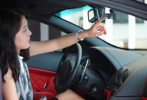 iLikeIT. Camerele video care te ajuta in cazul unui accident rutier. Ce modele sa evitati
