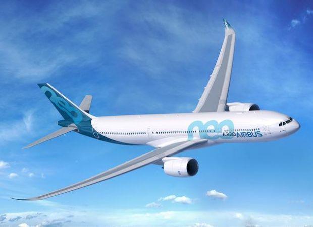 Filme 3D la bordul avionului. Airbus isi transforma noile A330 in cinematografe zburatoare