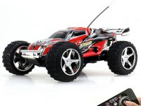 Jucarii pentru adulti la iLikeIT. Automodelele teleghidate sunt mici, dar pot atinge 100 km/h